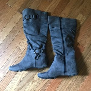 Other - Unr8ed Grey Boots. Size 8.5